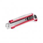 Нож HT-0508 c 3-мя лезвиями. Обрезиненный противоскользящий корпус оснащен обоймой, с 3-мя сменными отломными лезвиями, обеспечивает быструю замену полотен и надежную фиксацию инструмента в руке. Металлическая направляющая надежно фиксирует лезвие и обеспечивает точный ровный срез. Ширина полотна лезвия – 18 мм. Предназначен для резки бумаги, картона и прочих подобных материалов.