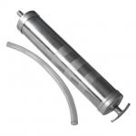 Шприц для заливки масла ТМ INTERTOOL предназначен для откачки и заливки масел, технических жидкостей в коробки передач, картеры мостов, подшипников и прочих узлов. Изготовлен из алюминия. Укомплектован гибким шлангом.