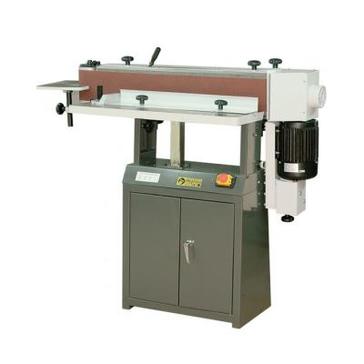 Предназначен для выполнения шлифования заготовок из дерева, а также других композитных материалов (ДСП, МДФ).
