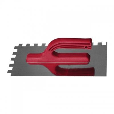 Затирка из оцинкованной стали KT-0008 INTERTOOLимеет квадратный зуб 12*12 мм. Габаритные размеры – 280*130 мм. Эргономичная пластиковая ручка надежно закреплена у основания полотна. Предназначена для равномерного нанесения и распределения густых строительных смесей по большим по площади поверхностям. Небольшой вес придает удобство и комфорт в работе.