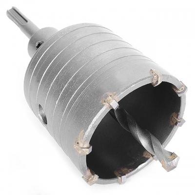 Комплект INTERTOOL SD-7065 для перфораторовсостоит из: 65 мм коронки по бетону, переходника SDS-Plus 100 мм с центрирующим сверлом. Сама коронка оснащена твердосплавными напайками. Инструменты изготовлены из стали марки 40 Cr. Твердость коронки по шкале Роквелла — 53–54 HRC, а твердость наконечника — 90 HRC. Особенности Изготовлено из высококачественной стали, В комплекте переходник SDS plus.