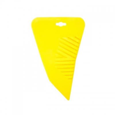 Данный шпатель имеет универсальное предназначение, благодаря своей форме. Он используется в первую очередь в покрасочных работах для защиты стекла и плитки, а также для выполнения аккуратного проклеивания и разглаживания обоев. Его короткую заостренную грань можно использовать для точной работы с углами. Особенности Многофункционален; Прост и максимально доступен по цене; Отверстие для подвеса; Для прижима и разглаживания обоев в процессе наклейки; Рифленая поверхность для удобства удержания;