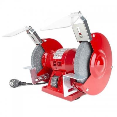 Точильный станок INTERTOOL DT-0807 предназначен для заточки металлических изделий, таких как, долото, стамеска, нож, сверло и т.д. Преимуществом станка является наличие одного вала с двумя выводами для закрепления кругов. Можно применять два круга различного назначения. На каждом выводе имеется своя резьба, на правом – правая, на левом – левая. Станок имеет электрический двигатель мощностью всего 120 Вт. Но этой мощности предостаточно, чтобы раскрутить станок до 2950 об/мин. Размеры дисков с двух сторон...
