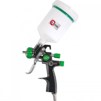 Краскораспылитель РТ-0132 — инструмент профессионального класса, используется для высокоэффективного окрашивания различных поверхностей: деревянных, пластиковых, металлических. Чаще всего РТ-0132 используется в автомастерских или при проведении строительно-отделочных работ. Очень важная особенность, ради которой стоит купить краскопульт РТ-0132: высокая эффективность окрашивания при низком расходе ЛКМ на перераспыл. Коэффициент переноса ЛКМ на поверхность достигает 92%. Диаметр форсунки — 1,3 мм, давление...
